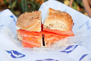 russ_daughters_bagel2