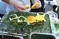 Smorgs_noodle-burger_200